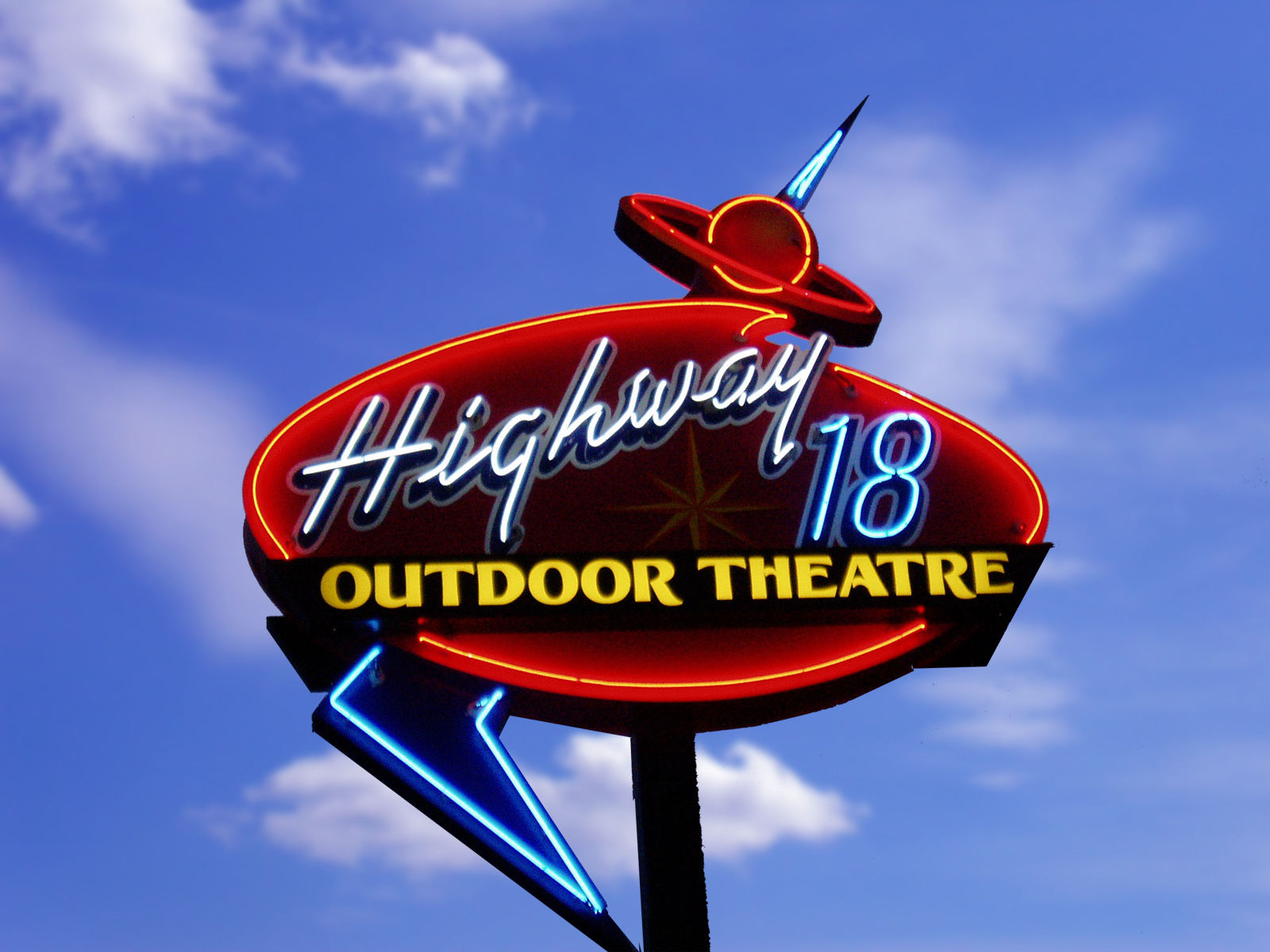 HWY 18: Finding Dory & Captain America: Civil War @ Highway 18 Outdoor Theater
